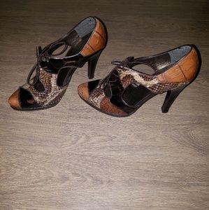 Heels (Brand: Stuart Weitzman)